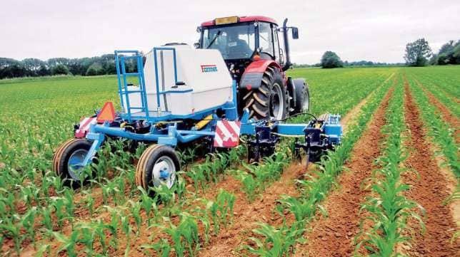 Внесение жидких удобрений с азотом в грунт